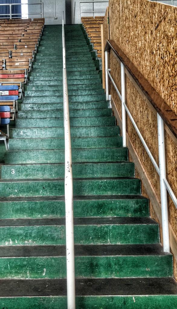 Filip Trojovsky – TRAINING –25. 08.15 crossfit stairs wod porn
